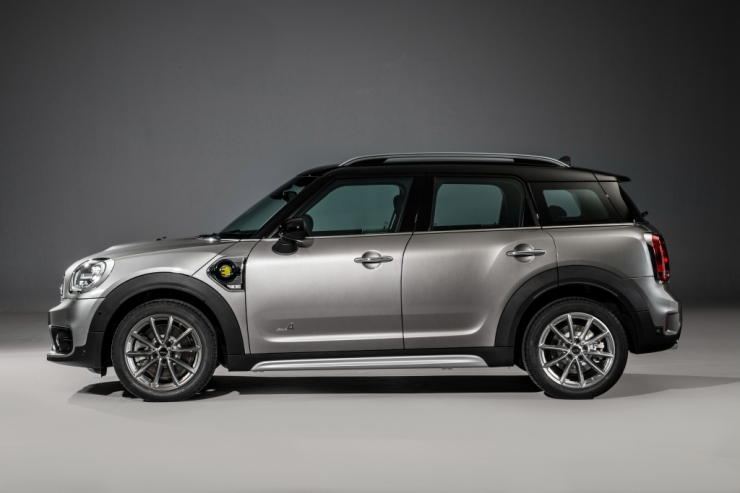mini_cooper_s_e_countryman_all4_6